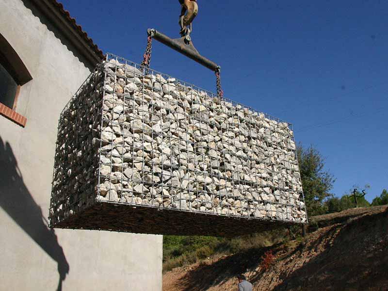 Gaviones, proyecto con gaviones, jaulas compactadas, Cavas en el Penedés
