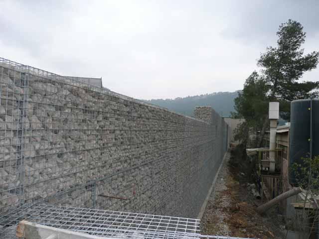 Gaviones, proyecto con gaviones, jaulas de piedra compactadas, tecnología geomalla y tierra armada, muro con geomalla