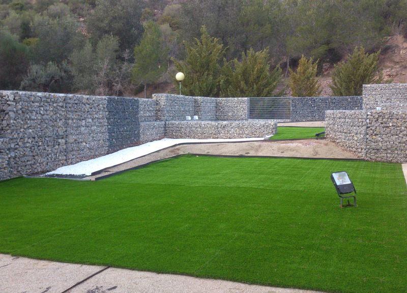 Gaviones, proyecto con gaviones, jaulas de piedra compactadas, cerramiento exterior, Casa de bodas Montserrat