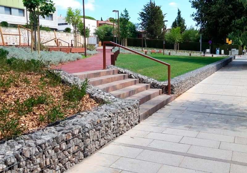 Gaviones, proyecto con gaviones, jaulas de piedra compactadas, Parque Sant Just Desvern