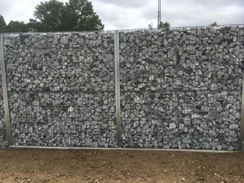 Gaviones, proyecto con gaviones, jaulas de piedra compactadas, Serie Garden Cerramientos